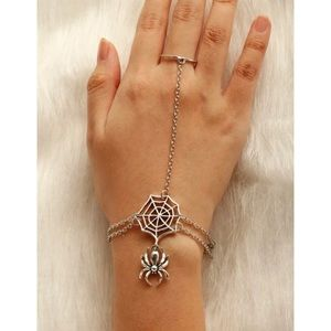 3/$33 Silver Spider Web Ring Bracelet Hand Chain